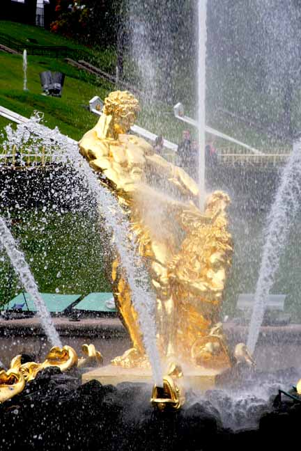 The Samson fountain symbolizes Russia's victory over Sweden, allowing Peter the Great access to the Baltic Sea. Samson is Russia; the lion is Sweden.photo by Morgan Thomas