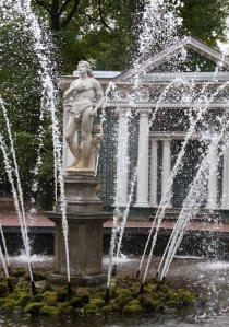 photo of Peterhof gardens by Morgan Thomas